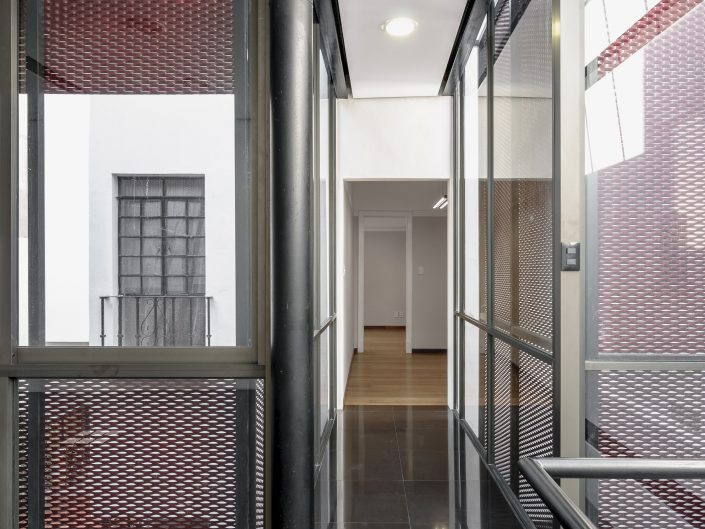 Oficinas Ganges, René Caro Arquitectos 2012