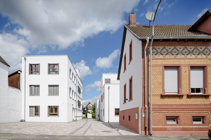 Townhouses in Obertshausen, Germany, bgg architekten. GbR