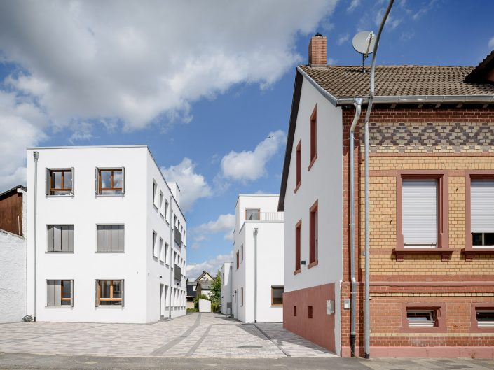 Townhouses in Obertshausen, Germany, bgg architekten. GbR